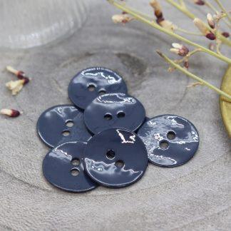 Atelier Brunette - Glossy Buttons -helmiäisnapit - Midnight