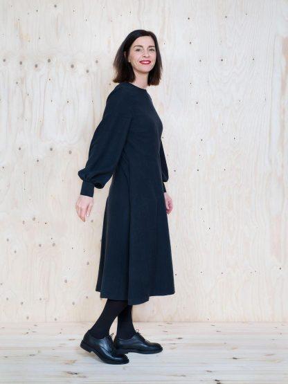 Multi-Sleeve Midi Dress -ompelukaava