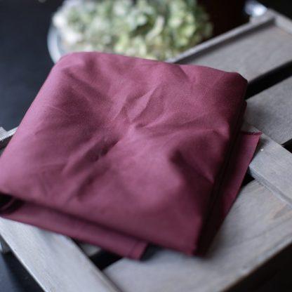 Dry Waxed -luomupuuvillakangas, Wine Red