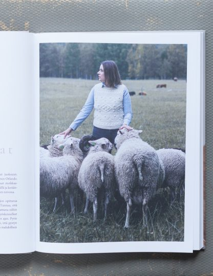 Neulematkalla – Sari Nordlund & Erika Appelström